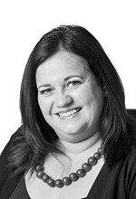 Black and White Photo, Search Consultancy, Executive Board, Lisa McLean, Managing Director for Healthcare