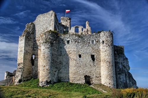 Schloss in Mirow - Leben und Arbeiten in Polen