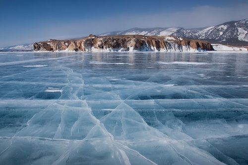 Icy landscapes with cliffes
