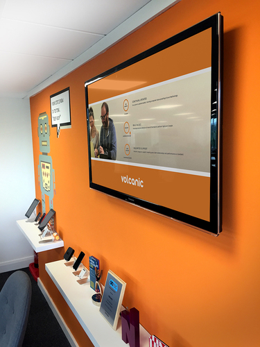 Digital office signage in Volcanic