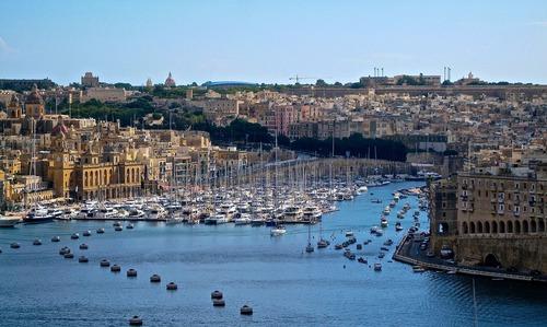 Hafen von Malta - Leben und Arbeiten auf Malta