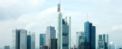 Main Tower Frankfurt - Leben und Arbeiten in Deutschland