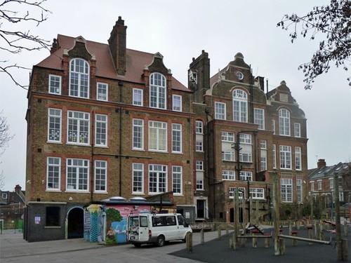 "alt=""Supply teaching in North London"""