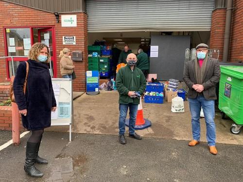 Hewett Recruitment Directors Laura Hewett & Ben Mannion donating Cheque to Worcester foodbank