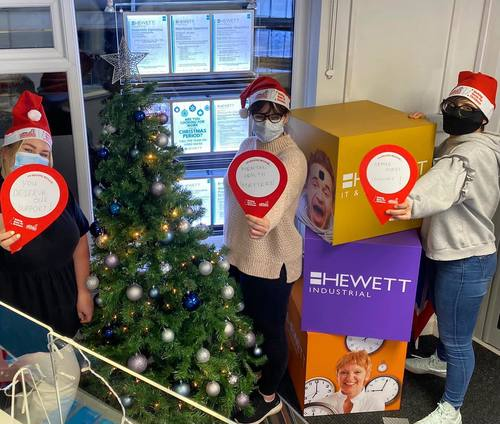 Hewett Recruitment Worcestershire team raise funds for Walking with the Wounded in Walking home for Christmas challenge