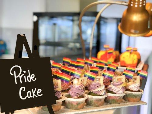 Pride Cake Betsson