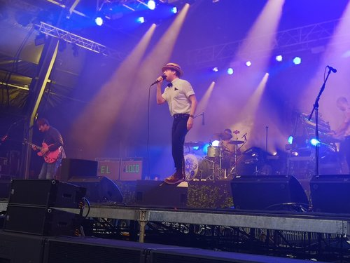 Photo of the Kaiser Chiefs. Credit to Salisbury AFD